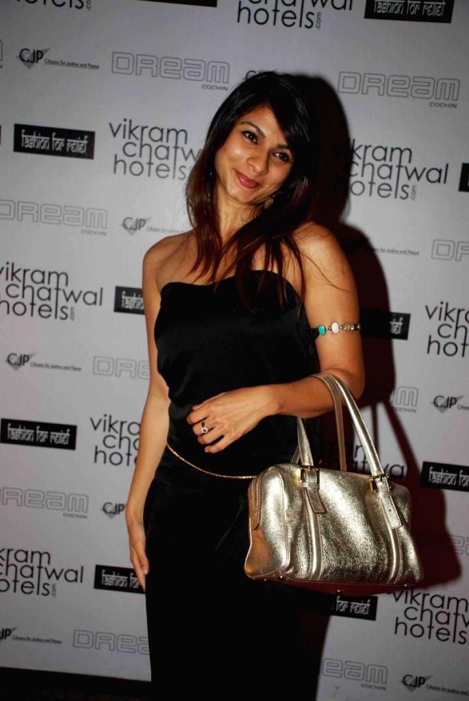 Tanisha Mukherjee at Vikram Chatwal's bash. - Tanisha Mukherjee