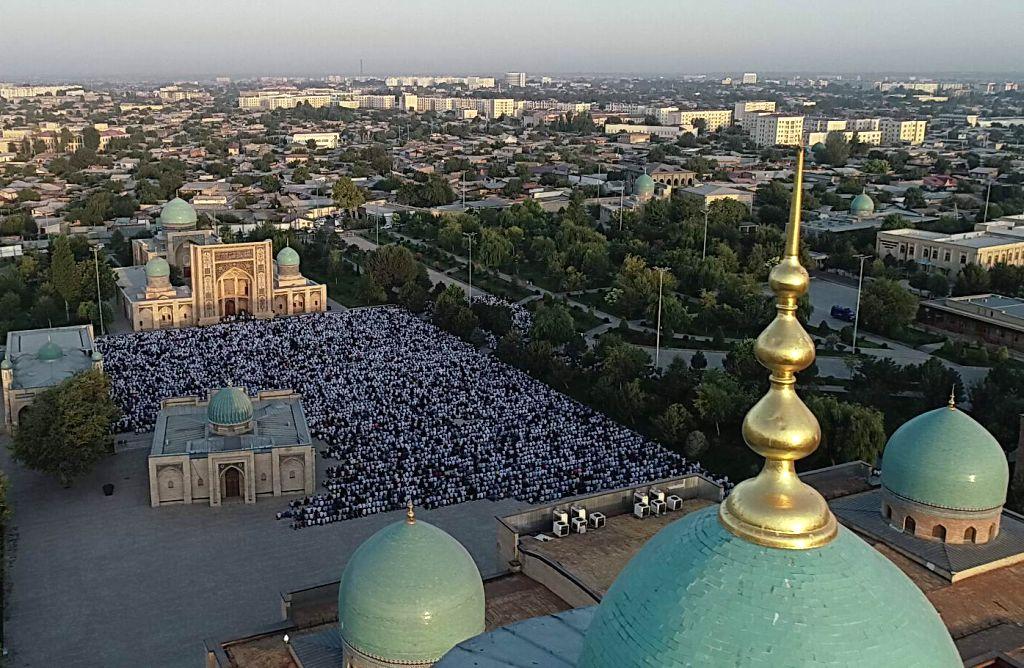 TASHKENT, Aug. 11, 2019 - Aerial photo shows people offering prayers during Eid al-Adha festival in Tashkent, Uzbekistan, Aug. 11, 2019.
