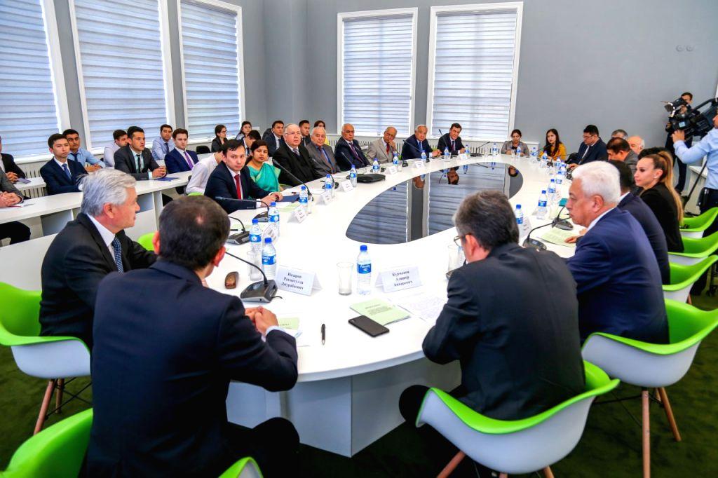 TASHKENT, May 1, 2019 - Photo taken on April 30, 2019 shows participants attending a round table in Tashkent, Uzbekistan. Shanghai Cooperation Organization's (SCO) Public Diplomacy Center in ...