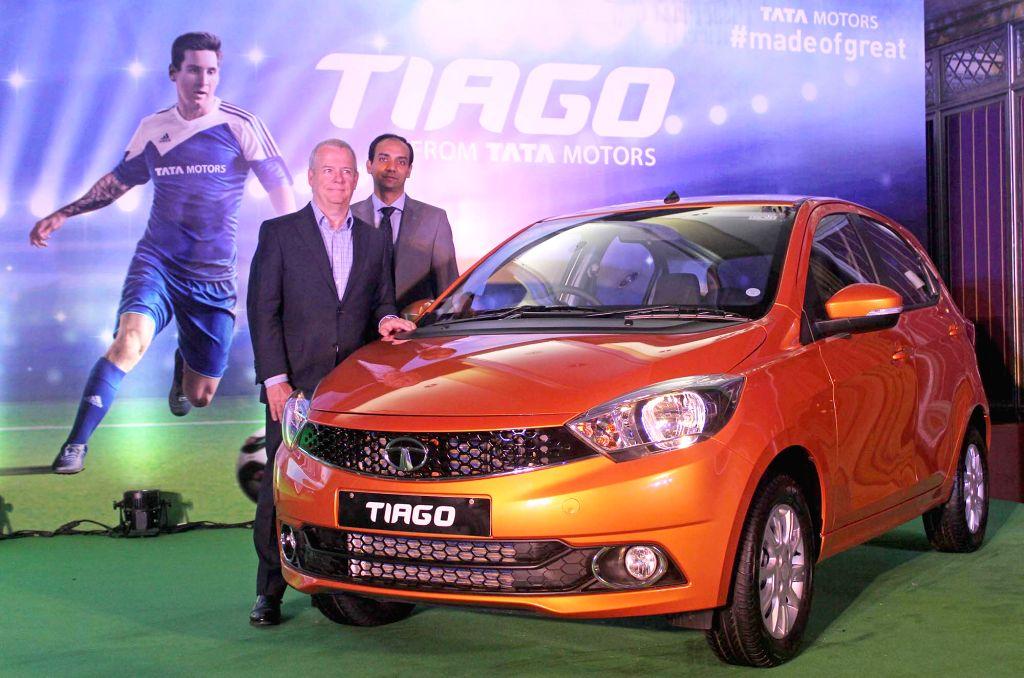 "Tata Motors Advanced and Product Engineering Dr. Tim Leverton and Tata Motors Regional Manager (South) Nakul Gupta at the launch of ""Tiago"" in Bengaluru, on April 18, 2016. - Nakul Gupta"