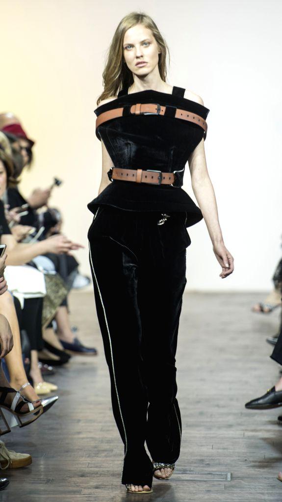 TBILISI, May 5, 2017 - A model presents a creation by Avtandil from Georgia during the 2017 Mercedes-Benz Fashion Week in Tbilisi, capital of Georgia, on May 4, 2017. (Xinhua/Giorgi Induashvili)