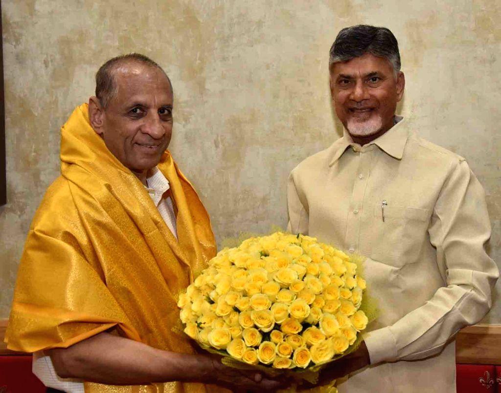 TDP President N. Chandrababu Naidu calls on Andhra Pradesh Governor E. S. L. Narasimhan, in Hyderabad on June 7, 2019. - N. Chandrababu Naidu