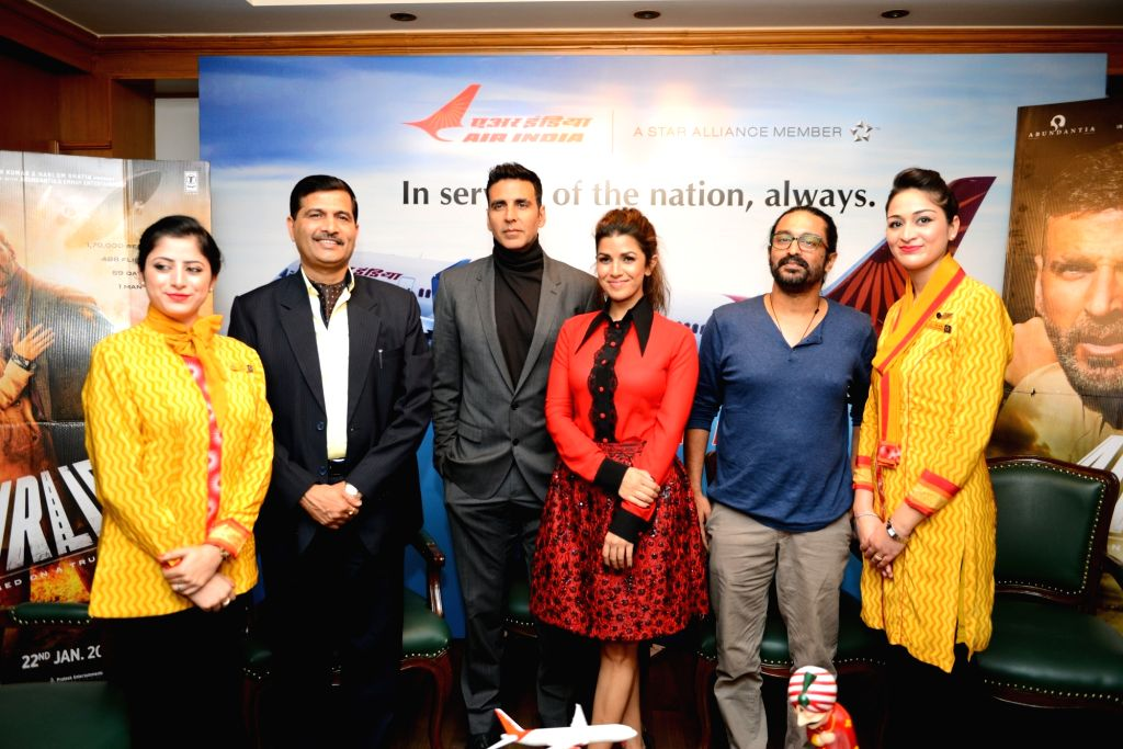 "Team ""Airlift"" including actors Akshay Kumar and Nimrat Kaur during their visit to AIR India office in New Delhi, on Jan 19, 2016. - Akshay Kumar and Nimrat Kaur"