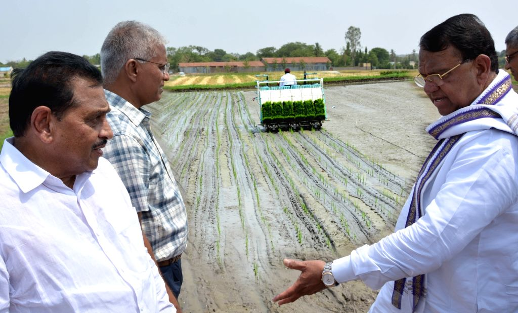 Telangana Agriculture Minister Pocharam Srinivas Reddy during the inauguration of Seed Mela 2018 at Professor Jayashankar Telangana State Agricultural University in Hyderabad on May 24, ... - Pocharam Srinivas Reddy