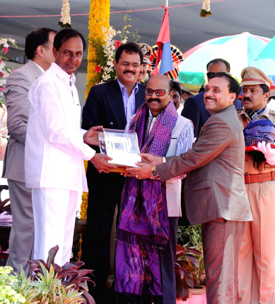 Telangana Chief Minister K Chandrasekhar Rao presents state awards on Telangana formation day in Hyderabad, on June 2, 2017. - K Chandrasekhar Rao