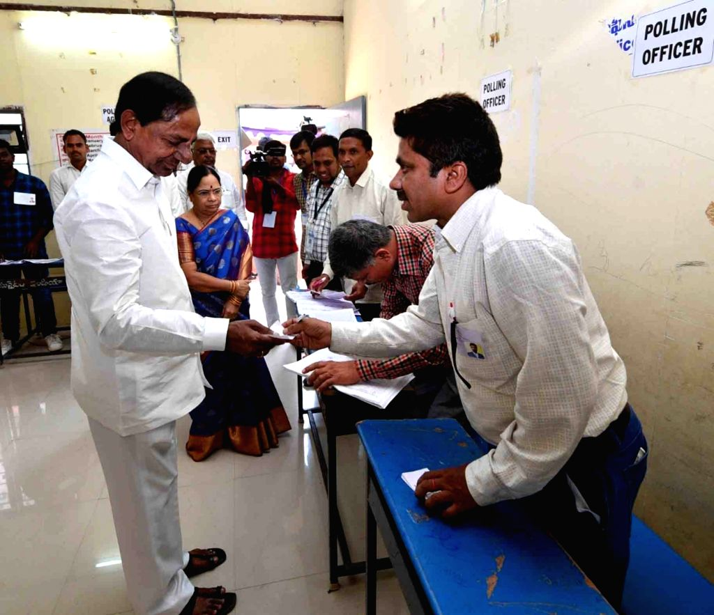 Telangana Chief Minister K Chandrasekhar Rao arrives at a polling station to cast vote for the first phase of Lok Sabha election, in Telangana's Siddipet, on April 11, 2019. - K Chandrasekhar Rao