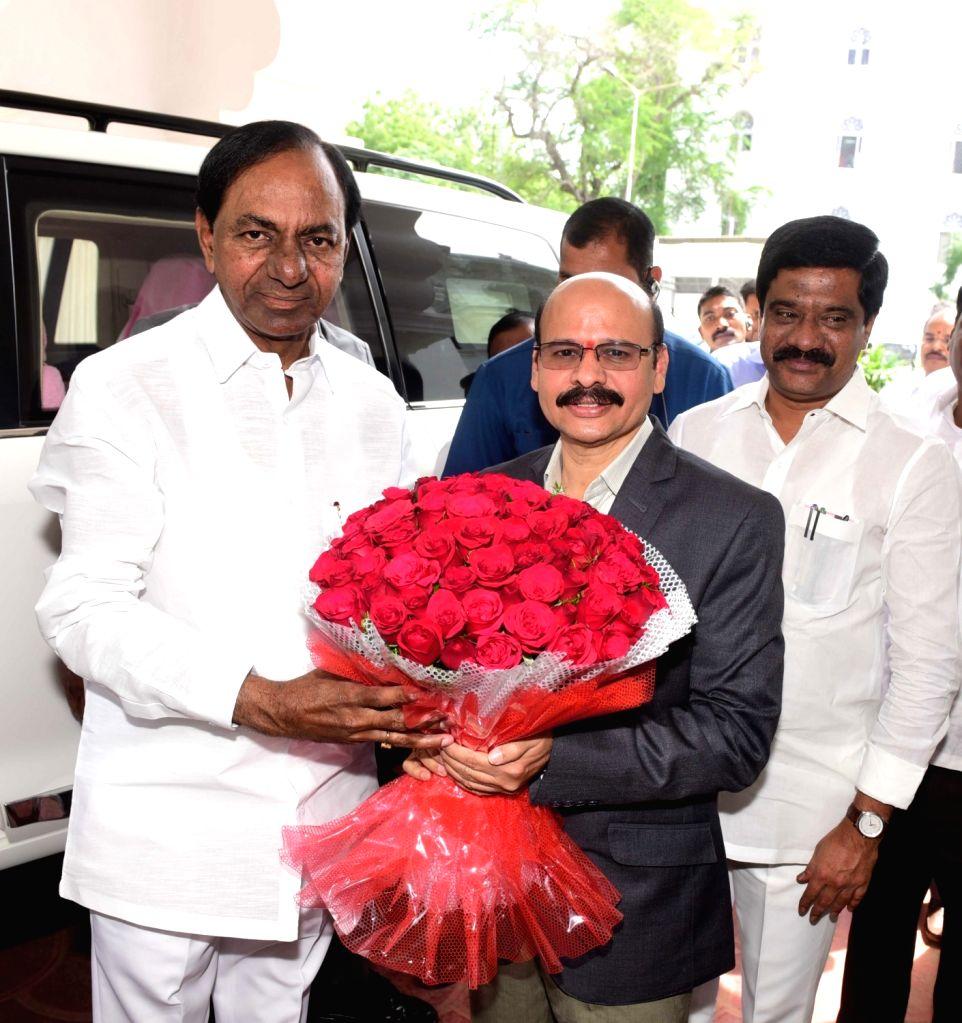 Telangana Chief Minister K Chandrasekhar Rao arrives at state assembly in Hyderabad on July 18, 2019. - K Chandrasekhar Rao