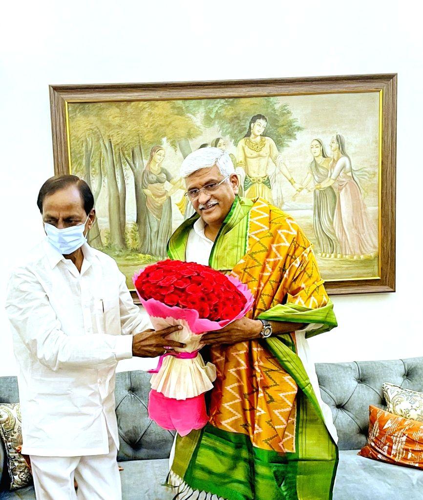 Telangana CM Chandrashekhar Rao meets Gajendra Singh Shekhawat. - Gajendra Singh Shekhawat