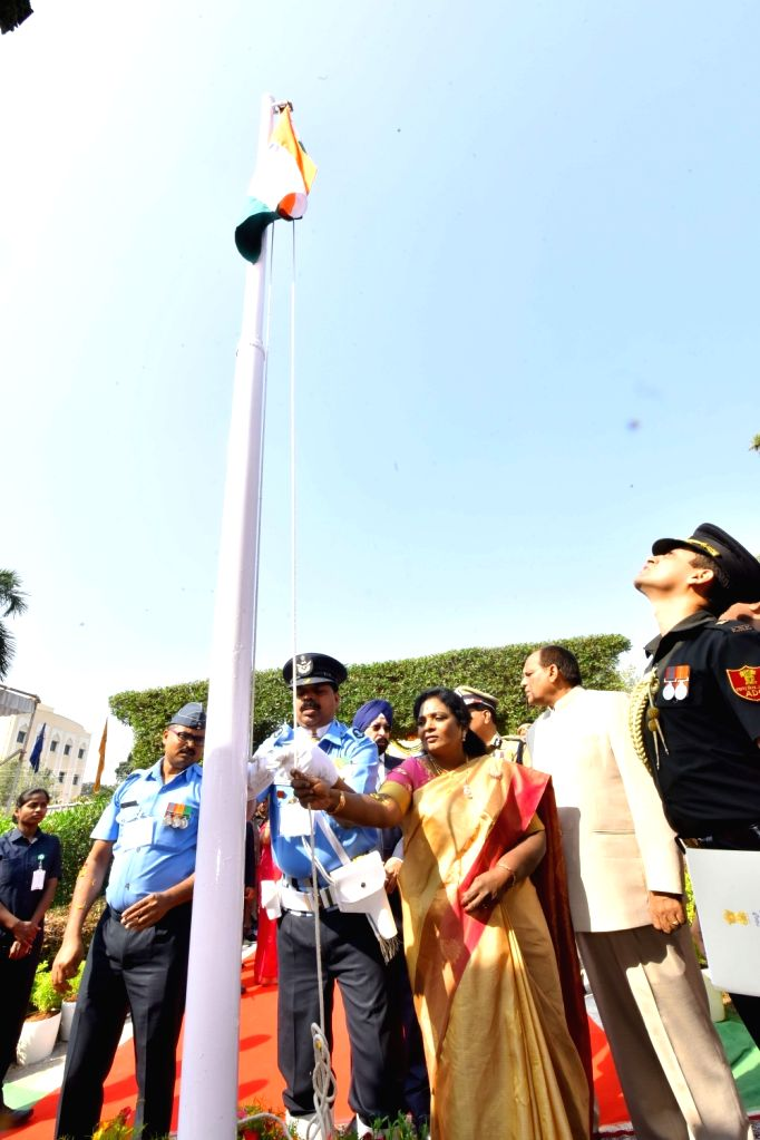Telangana Governor Tamilisai Soundararajan hoists the national flag during the 71st Republic Day celebrations, at Public Garden Lawns in Hyderabad on Jan 26, 2020.