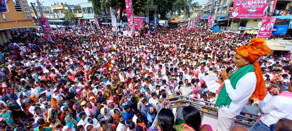 Telangana Minister and TRS leader T. Harish Rao holds a massive public rally to campaign for Dubakka bypolls, in Dubbaka on Oct 28, 2020. - T. Harish Rao