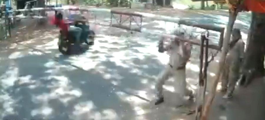 Telangana youth killed in bid to avoid checkpoint.