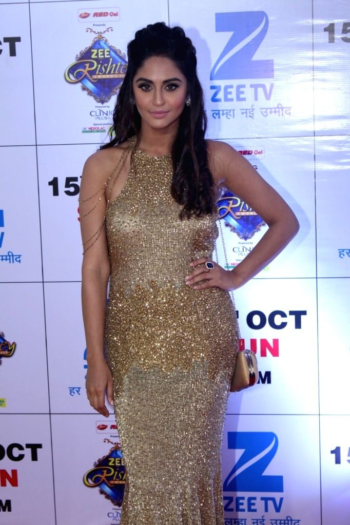 """Telelvision actress Krystle D'Souza during the red carpet of the grand celebration of """"Zee Rishtey Awards"""" 2017 in Mumbai on Sept 10, 2017. - Krystle D"""