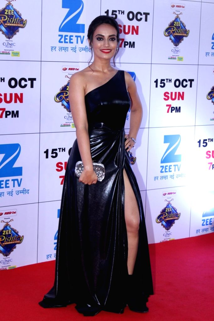 "Telelvision actress Surbhi Jyoti during the red carpet of the grand celebration of ""Zee Rishtey Awards"" 2017 in Mumbai on Sept 10, 2017. - Surbhi Jyoti"