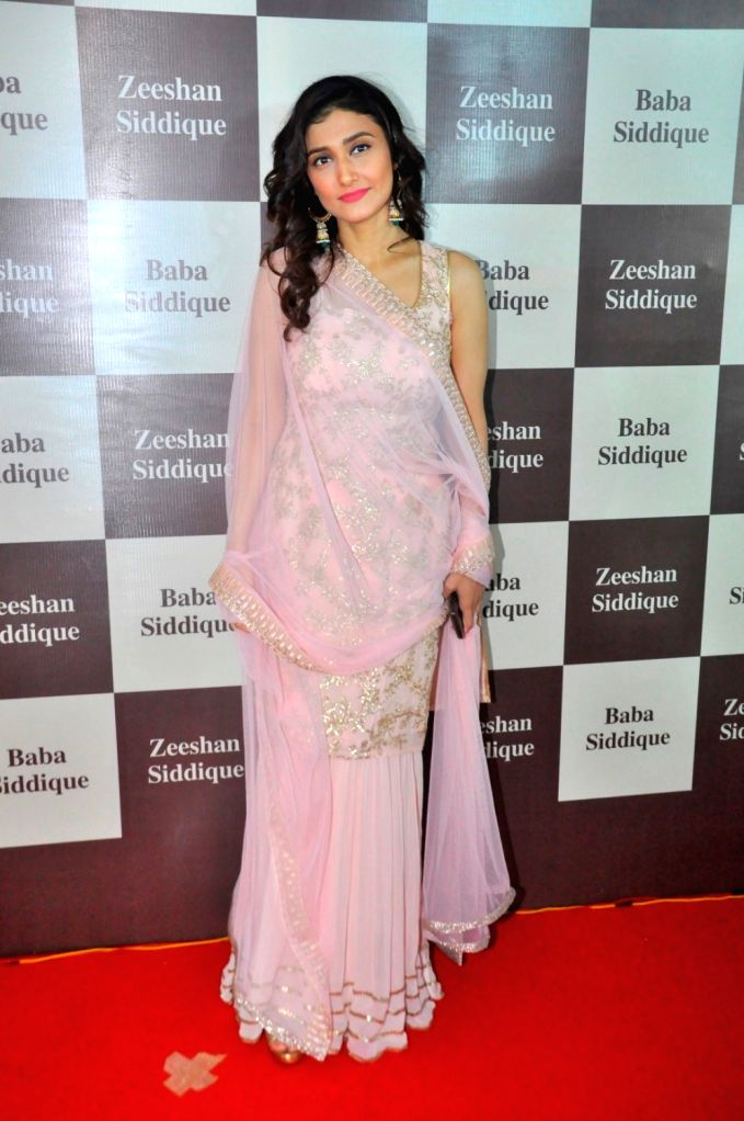 Television actor Ragini Khanna during Congress leader Baba Siddique`s Iftar party, in Mumbai, on June 24, 2017. - Ragini Khanna