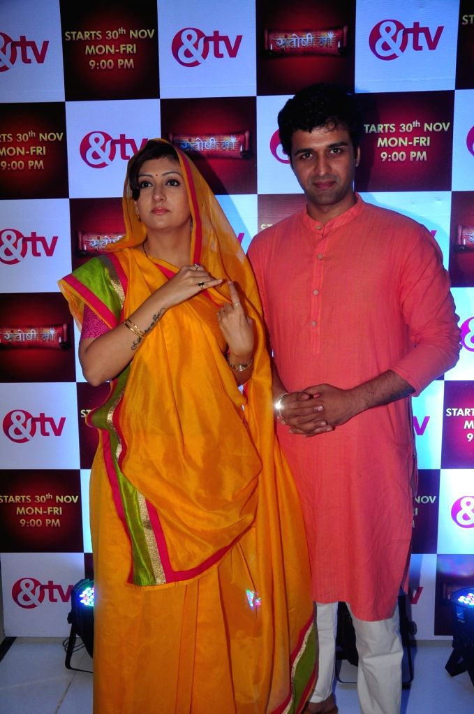Television actor Sachin Shroff and Juhi Parmar during the media interaction for & TV upcoming show Santoshi Maa in Mumbai on November 25, 2015. - Sachin Shroff