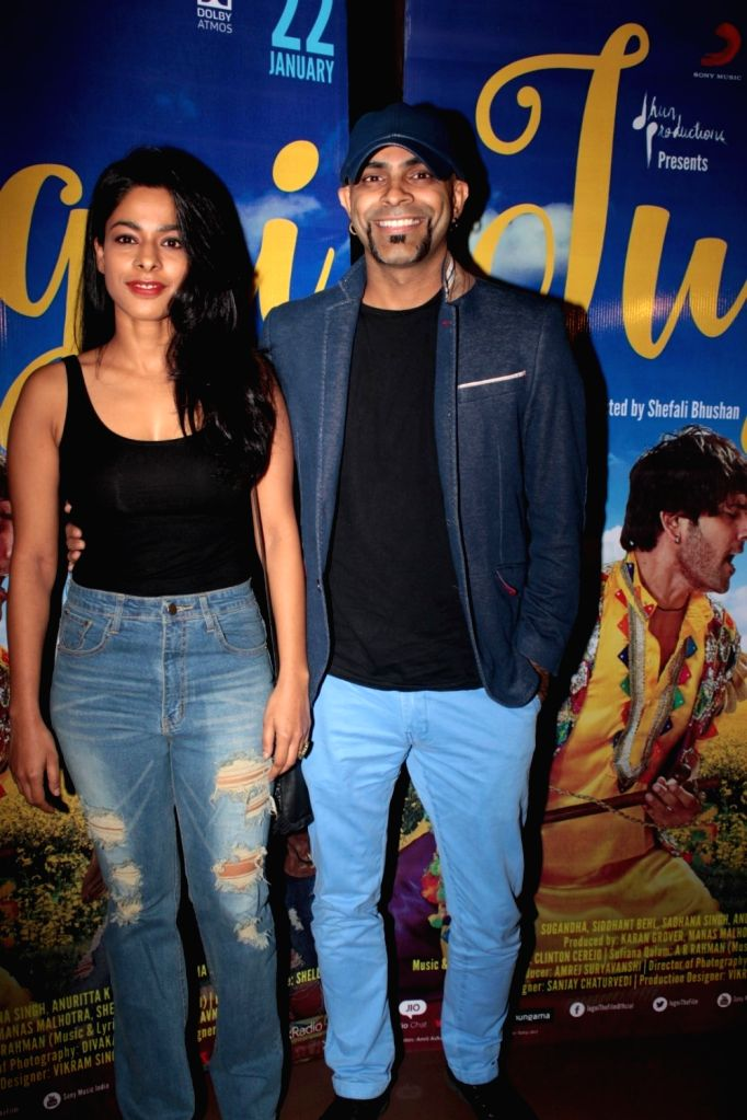Television producer Raghu Ram with his wife and actress Sugandha Garg during the screening of film Jugni in Mumbai on Jan 18, 2016. - Sugandha Garg