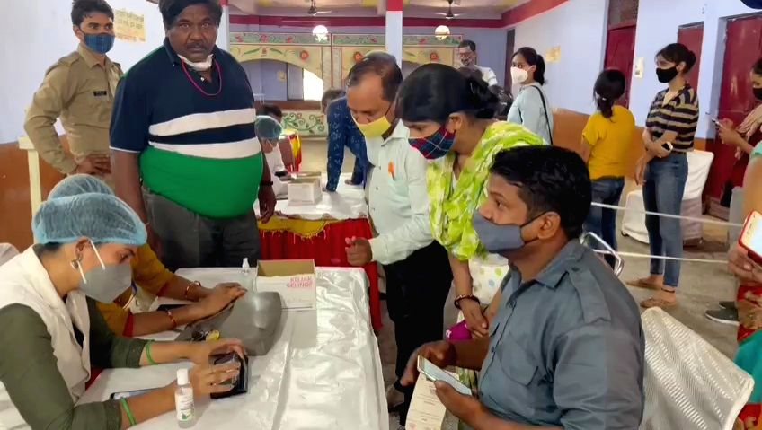 Temple complex became a mini health center, vaccination facilities including oxygen beds.