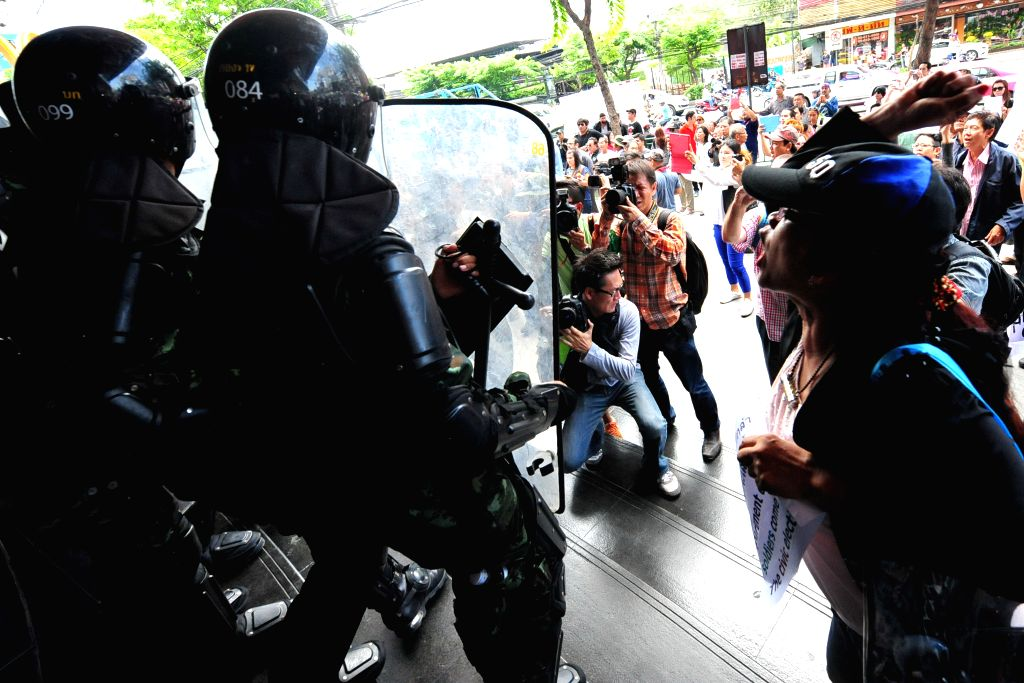 Thailand lifts public gathering curb after protests