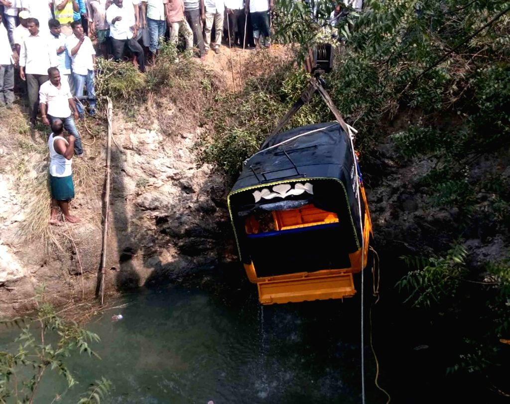 The auto-rickshaw that fell into a well in Telangana's Nizamabad district being fished out on March 25, 2018. Reportedly 10 persons were killed in the accident.