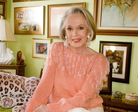 'The Birds' star Tippi Hedren lives with '13 or 14 lions, tigers' at 90.