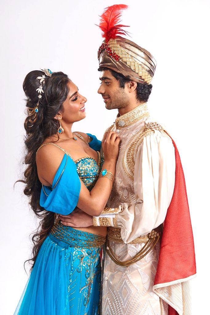 The charming couple - Jasmine (Kira) and Aladdin (Taaruk Raina).