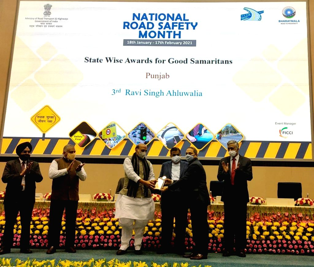 The chief functionary of Patiala Foundation Ravee Singh Ahluwalia was honoured for his outstanding work in road safety by the Ministry of Road Transport and Highways in New Delhi on Monday. Union Defence Minister Rajnath Singh, Minister of Road Trans - Rajnath Singh and V K Singh