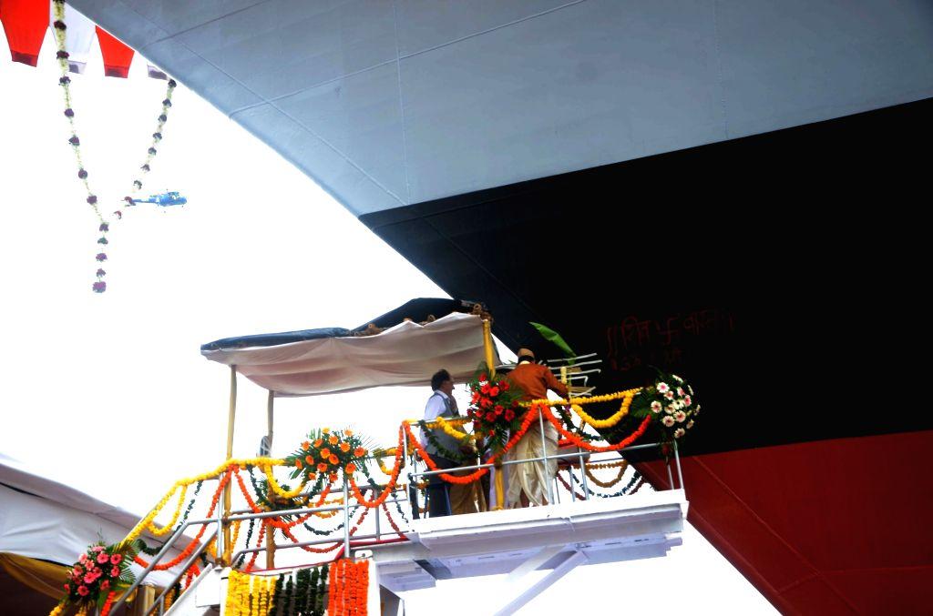 The Chief of Naval Staff, Admiral Sunil Lanba addressing at the launch of the Mormugao at Mazagaon Dock Ship Builders Limited (MDL) in Mumbai on Sept 17, 2016.
