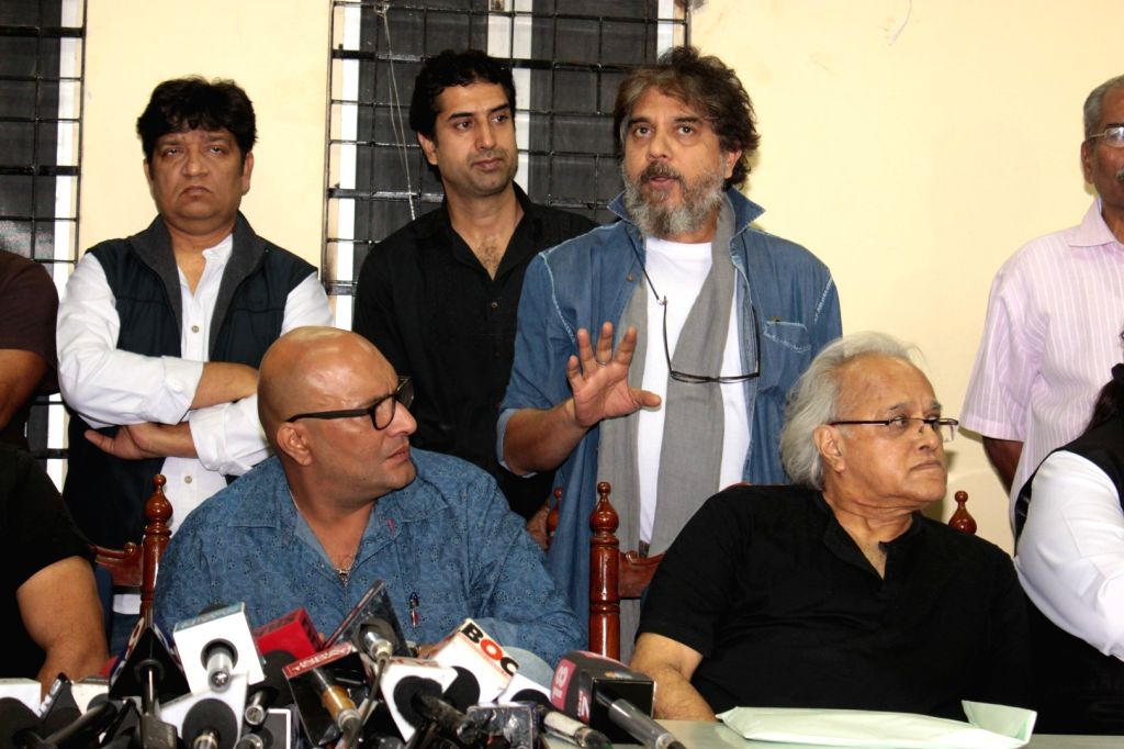 The Cine and TV Artistes Association (CINTAA) during the media meet organised to protest on Kiku Sharda`s arrest, writers, actors, and association members geared in large numbers to stand up ... - Kamlesh Pandey, Nasirr Khan and Sunil Sinha