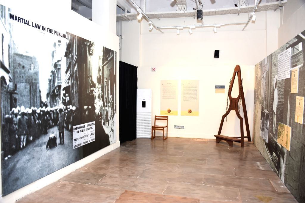 The exhibit of the whipping post used by the British public flogging. (Source: TAACHT/IGNCA)
