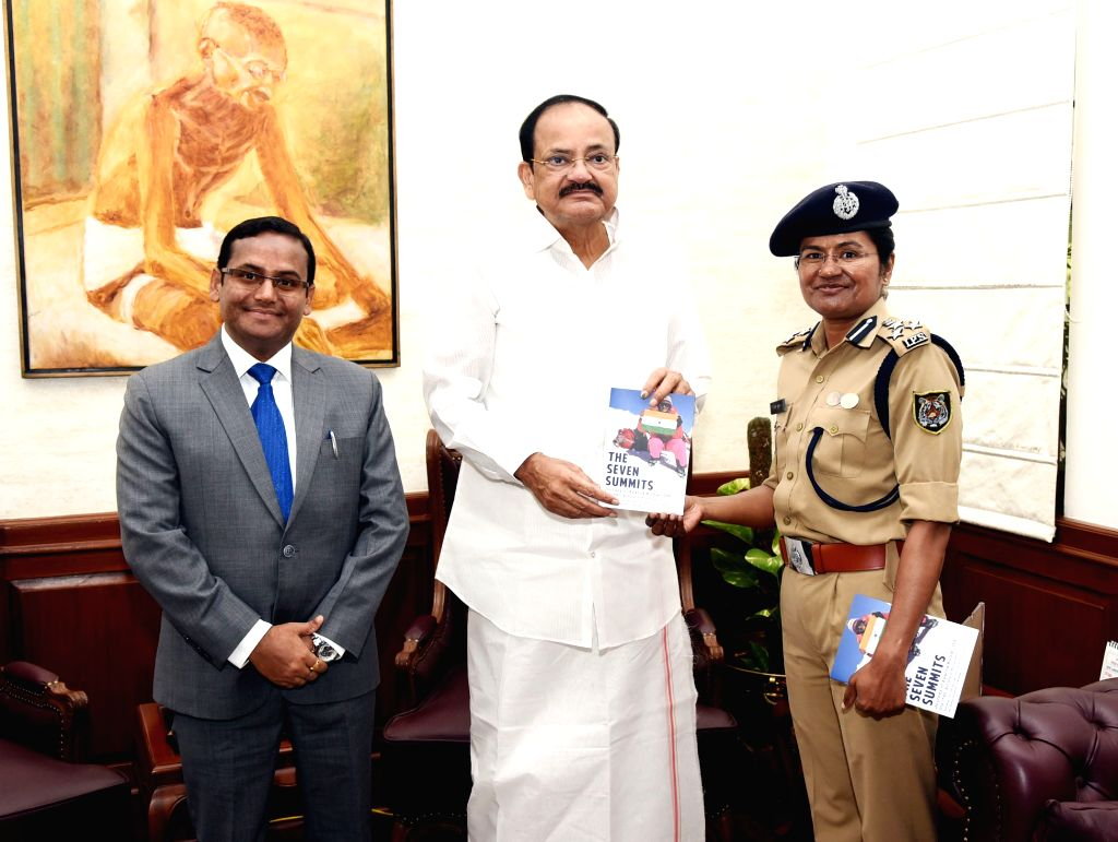 The first ever IPS officer & the fourth ever woman in the history of Indian Mountaineering to complete the ???Seven Summits Challenge???, Aparna Kumar calls on Vice President M. ... - M. Venkaiah Naidu and Aparna Kumar