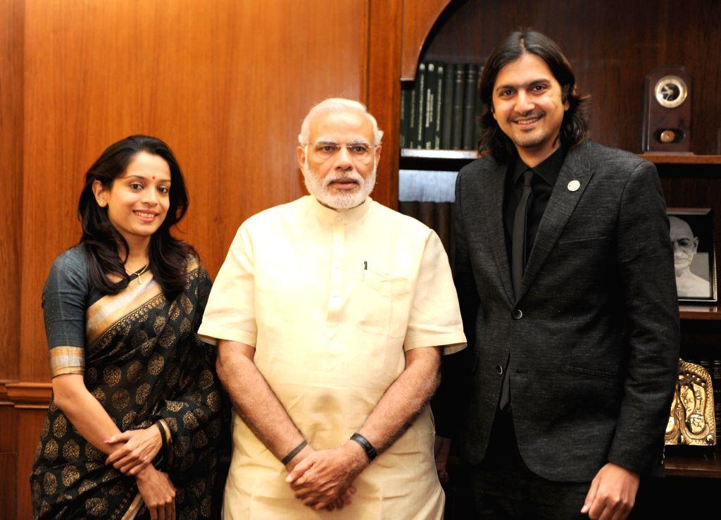 The Grammy Award winner Ricky Kej calls on the Prime Minister Narendra Modi. (Photo: IANS/PIB) - Narendra Modi