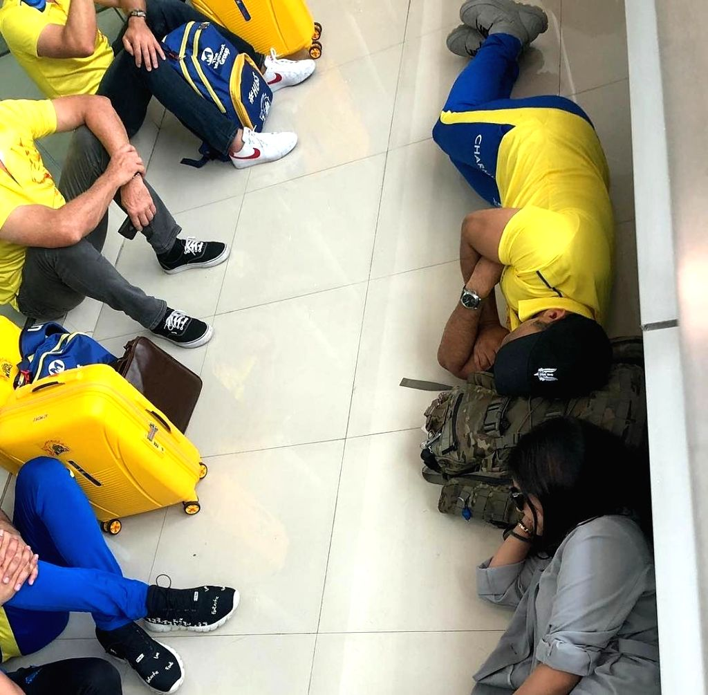 The hectic schedule of the Indian Premier League (IPL) was on full display when Mahendra Singh Dhoni posted a picture of him sleeping on the floor of an airport after Chennai Super Kings' win over Kolkata Knight Riders. (Photo: Twitter/@ChennaiIPL) - Mahendra Singh Dhoni