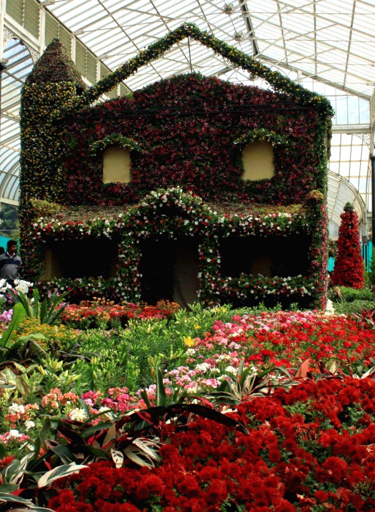The inauguration of the annual Republic Day National Flower Festival 2016 at Lalbagh, in Bengaluru, on Jan 16, 2016.