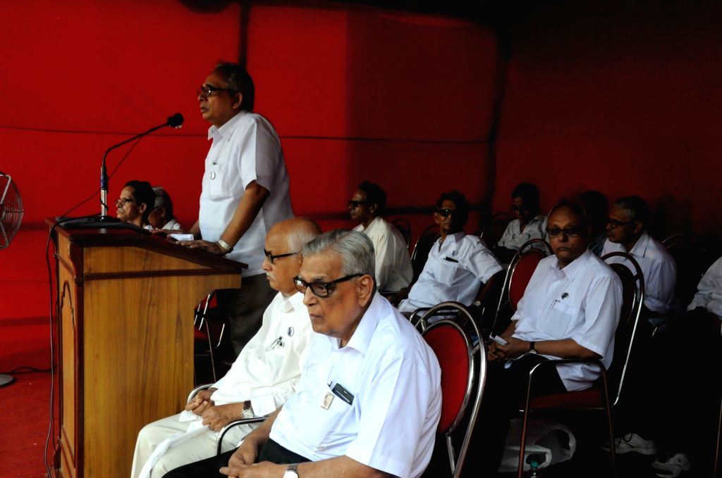 The members of SUCI(C) pay homage to party founder Shibdas Ghosh on the occasion of his birth anniversary in Kolkata on Aug 5, 2016. - Shibdas Ghosh