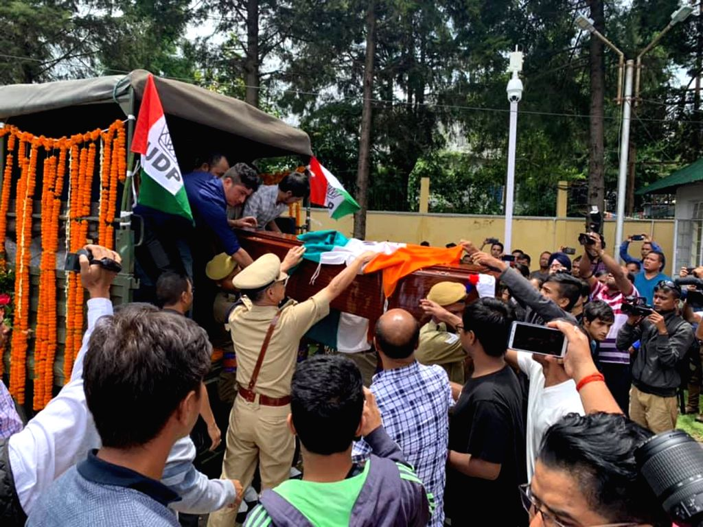 The mortal remains of Meghalaya Assembly speaker Donkupar Roy who passed away on Sunday at a hospital in Gurugram; arrives in the state for his last rites, on July 29, 2019. - Donkupar Roy