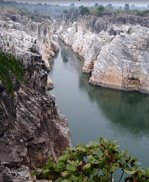 The Narmada River flows through Madhya Pradesh, Maharashtra and Gujarat and is one of the seven most sacred rivers in India. It is also called the Rewa and was previously known as Nerbudda, is a ...