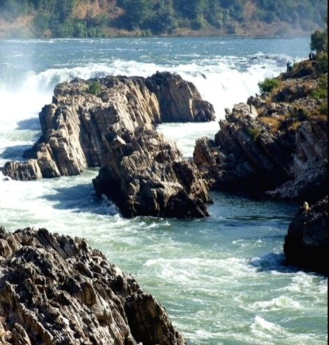 The Narmada River flows through Madhya Pradesh, Maharashtra and Gujarat and is one of the seven most sacred rivers in India. It is also called the Rewa and was previously known as Nerbudda, is a river in central India , after the Godavari and the Kri