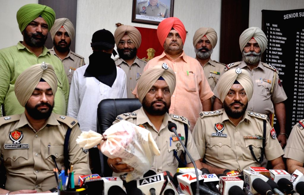 The Nigerian national caught with heroine in police custody in Amritsar on Sept 19, 2017.