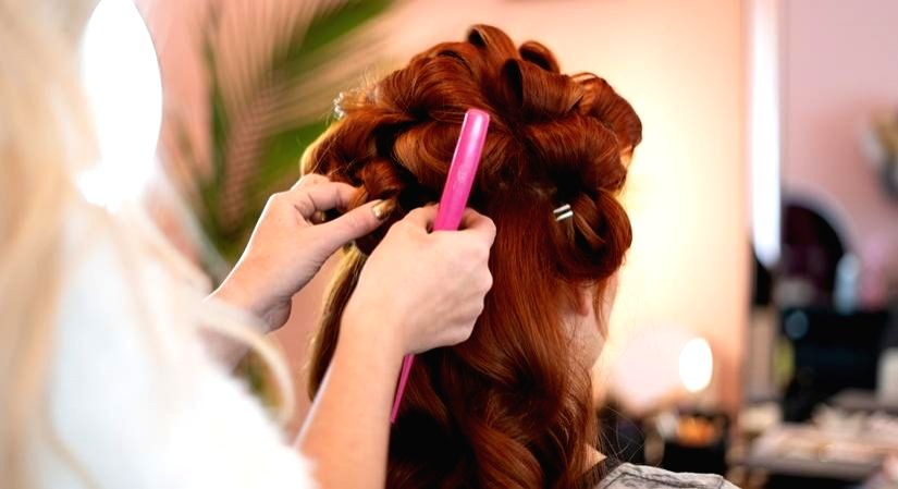 The only 9 to 5 Hairstyle guide you need