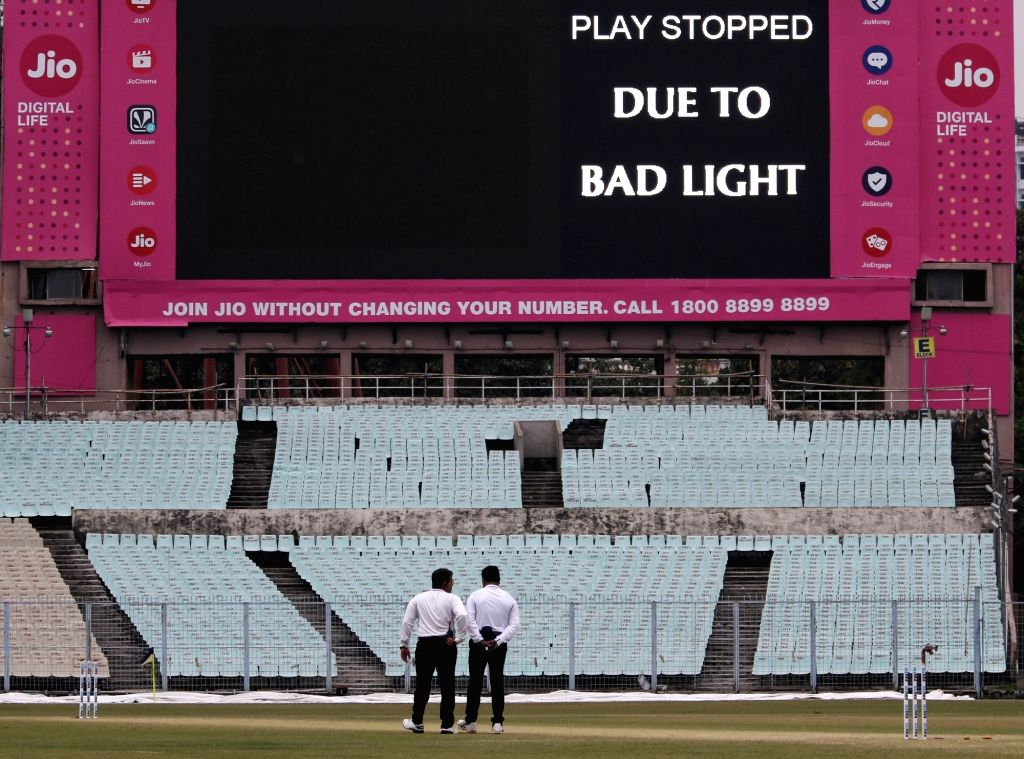 The Ranji Trophy match between Delhi and Bengal at the Eden Gardens stopped due to bad light, in Kolkata on Jan 29, 2020.