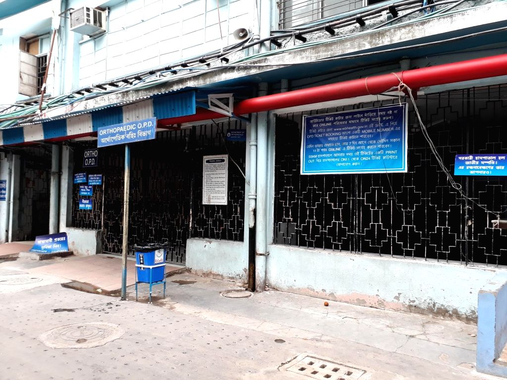 """The SSKM Hospital wears a deserted look as health services in West Bengal's state-run hospitals remained partially disrupted as the """"cease work"""" by junior doctors, protesting ..."""