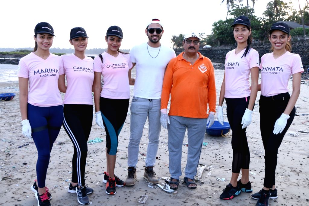 The State winners of fbb Colors Femina Miss India 2019 during beach cleaning initiative, in Mumbai.