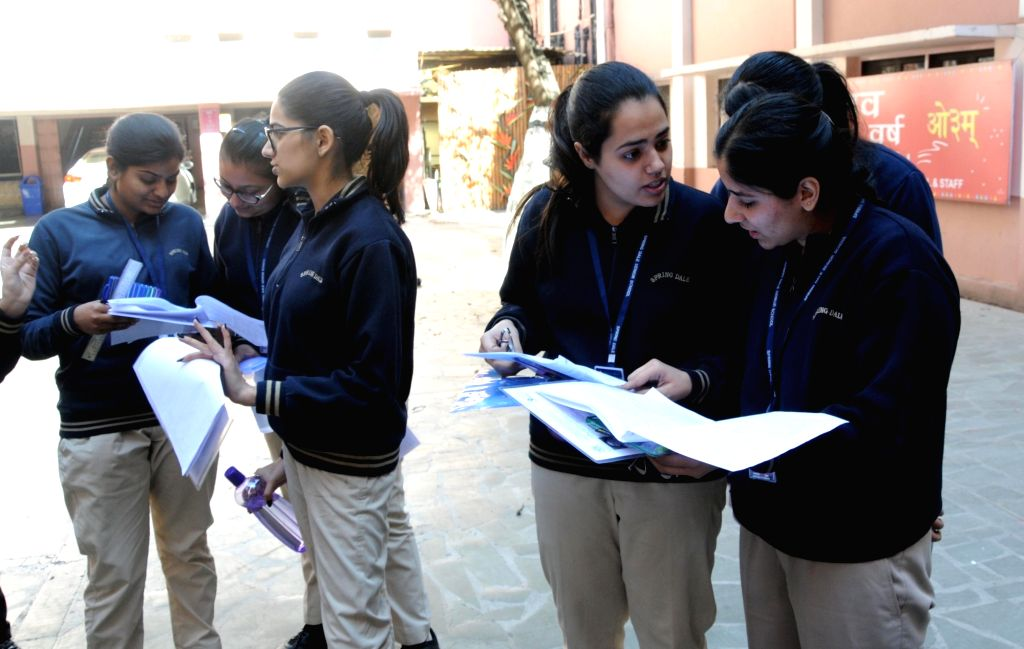 The Supreme Court on Thursday asked the Centre and the CBSE to issue fresh notification in connection with Class 12 exams, clarifying the option between internal assessment and exams later. (Photo: IANS)