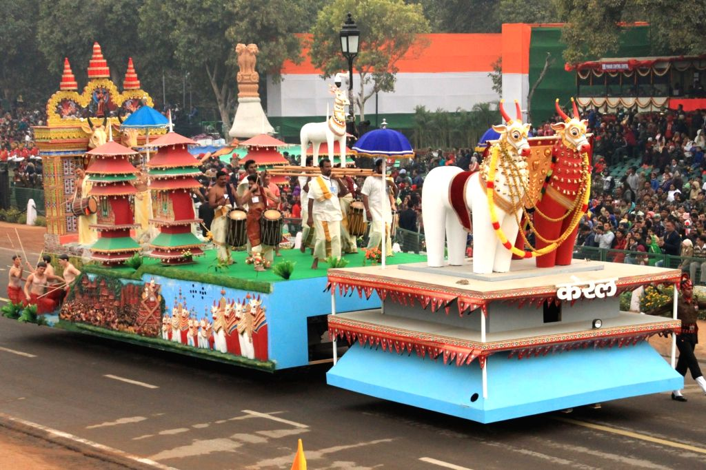 The tableau of Kerala passes through Rajpath during the full dress rehearsal for Republic Day Parade-2018 in New Delhi on Jan 23, 2018.