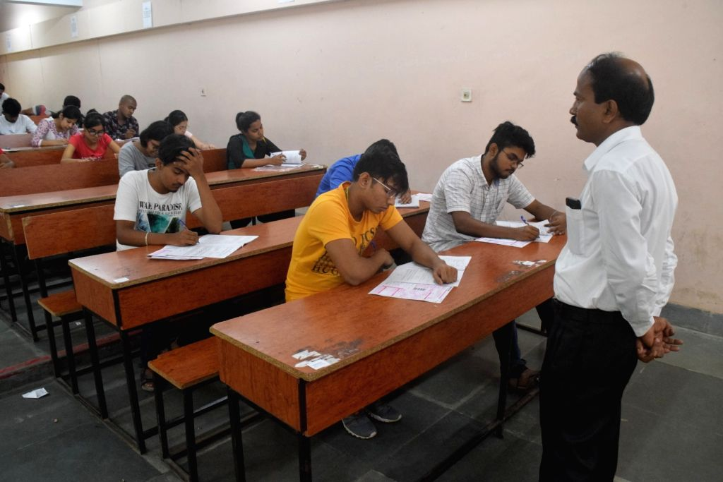 The Tamil Nadu government on Thursday said the final college semester exams will be held in the next academic year. (Photo: IANS)