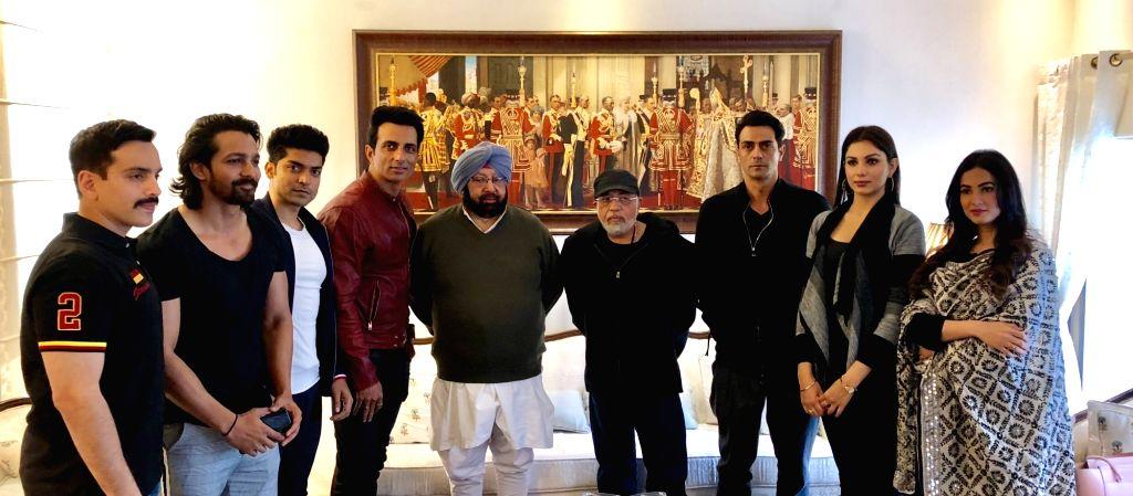 "The team of forthcoming war drama ""Paltan"" including director J.P. Dutta and actors Arjun Rampal, Monica Gill, Sonal Chauhan, Gurmeet Choudhary, Harshvardhan Rane and Sonu Sood ... - J., Arjun Rampal, Monica Gill, Sonal Chauhan, Gurmeet Choudhary, Harshvardhan Rane, Sonu Sood and Amarinder Singh"