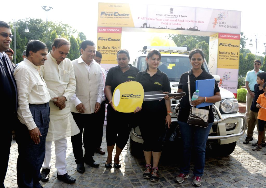 The Union Minister for Chemicals and Fertilizers, Ananth Kumar flag off the 1st All Women Trans Continental Road Expedition from Delhi to London, in New Delhi on July 23, 2015. Also seen ... - Ananth Kumar