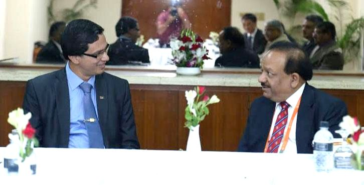 The Union Minister for Health and Family Welfare, Dr. Harsh Vardhan and the Deputy Minister of Health, Sri Lanka, Lalith Chandra Buddhisiri Dissanayake, during bilateral meeting, in Dhaka, Bangladesh