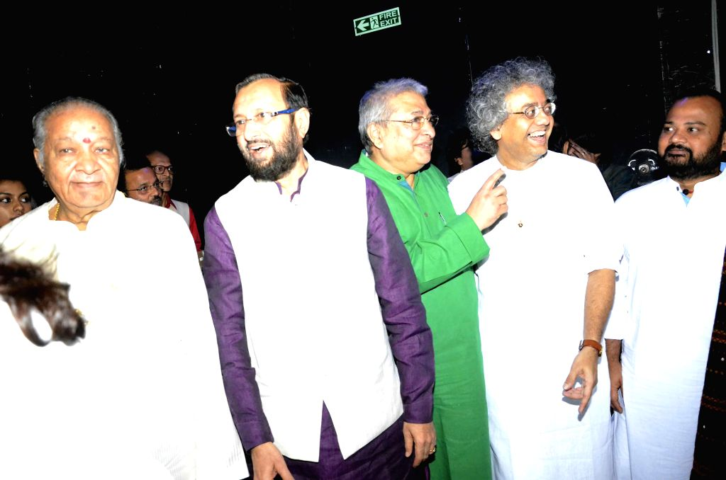 The Union Minister of State for Environment, Forest and Climate Change (Independent Charge) Prakash Javadekar with Pandit Jasraj, Pandit Hariprasad Chaurasia, percussionist Taufiq Qureshi during a ...