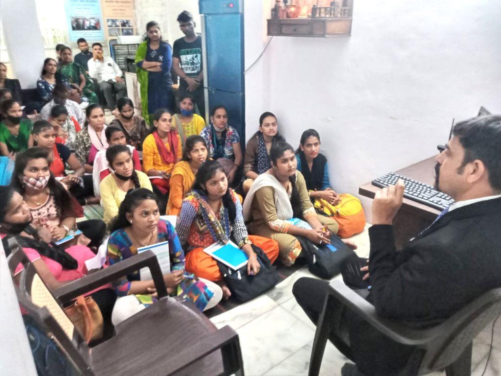 This Mumbai NGO runs after runaway kids, to reunite them with kin